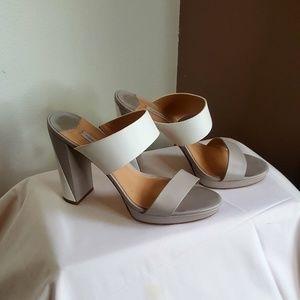 Diane Von Furstenberg slip on Sandles size 10 M